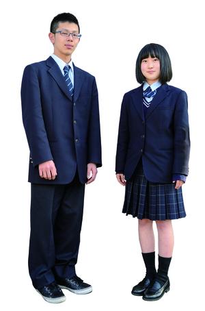 島根中央高等学校制服画像